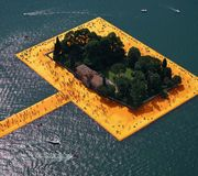 The Floating Piers, Christo et Jeanne-Claude, lac Iseo, Italie, juin-juillet 2016