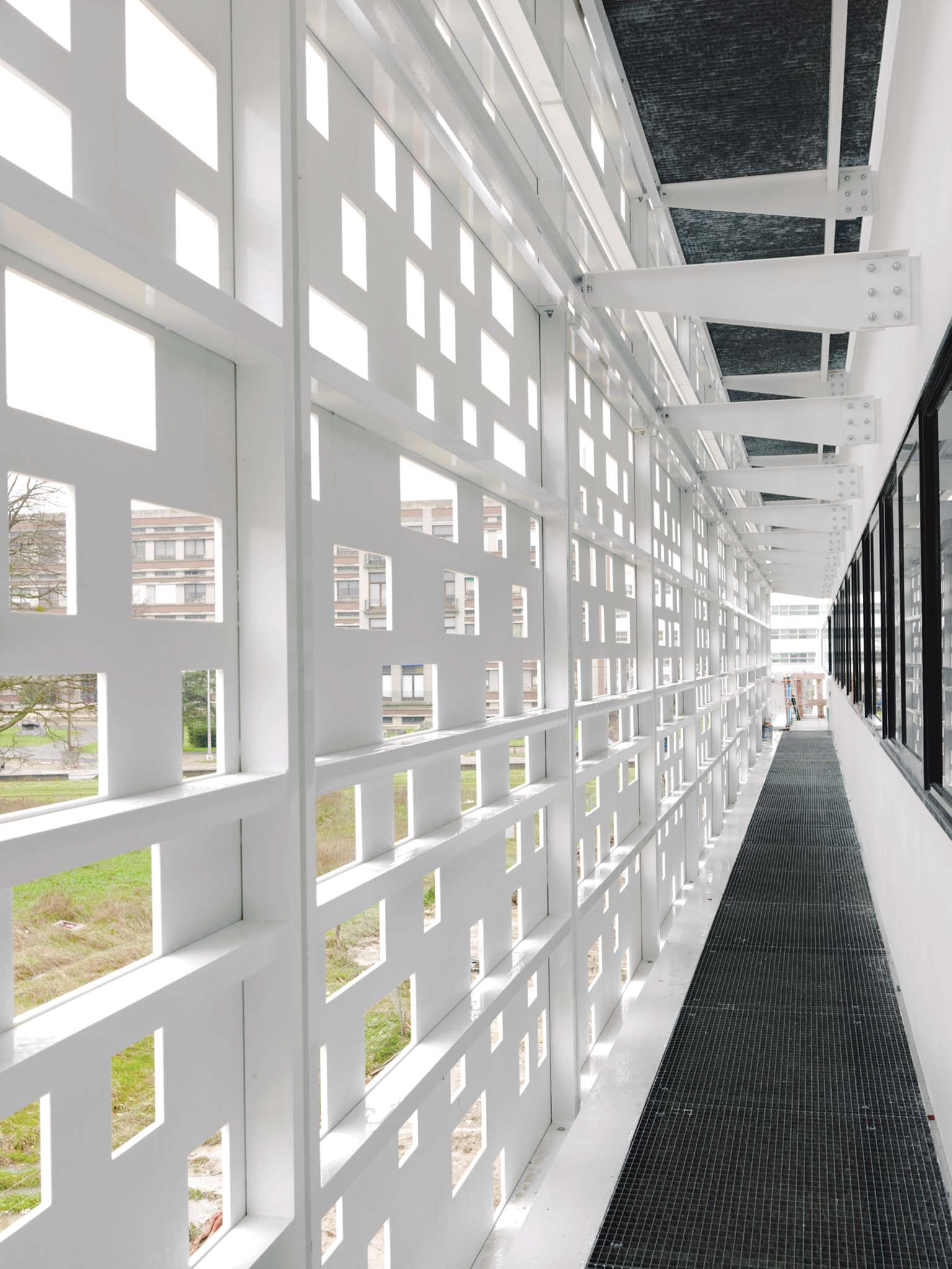 protections solaires krion lux 1100 porcelanosa. Black Bedroom Furniture Sets. Home Design Ideas