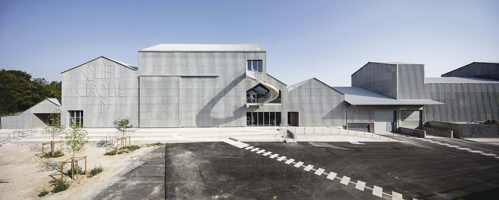 Caract re sp cial np2f centre national des arts du for Prix architecte