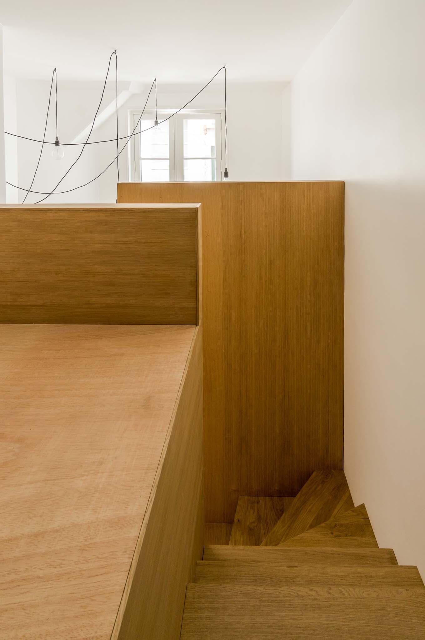transformation d une ancienne loge de concierge en logement abdpa architectes paris. Black Bedroom Furniture Sets. Home Design Ideas