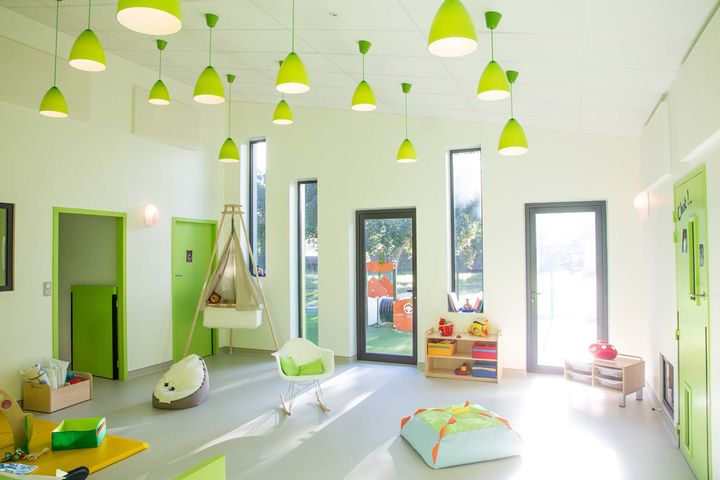 two architectes cr che tarnos. Black Bedroom Furniture Sets. Home Design Ideas