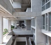 Université d'ingénierie et de technologie (UTEC) à Lima par Grafton Architects, lauréat du RIBA International Prize 2016
