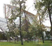 « Paris est grand » - Fondation Louis Vuitton - Boulogne Billancourt - Franck Gehry architecte - 2015