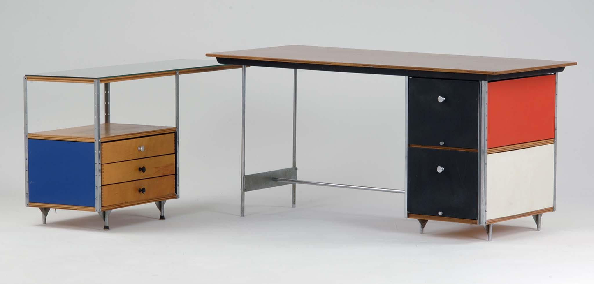 bureau edu charles ray eames collection du mamc de saint etienne m tropole acier chrom. Black Bedroom Furniture Sets. Home Design Ideas