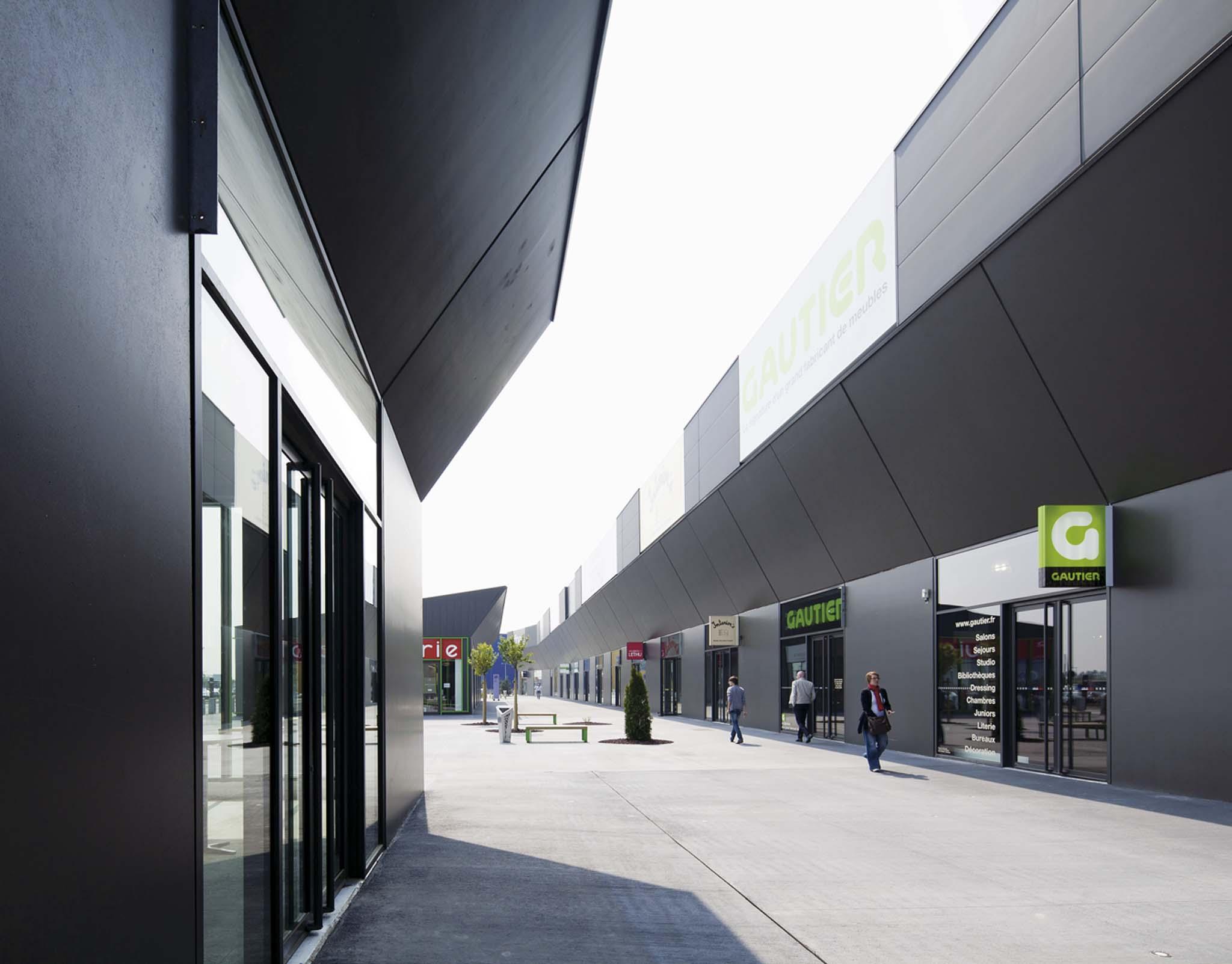 scau architectes centre commercial. Black Bedroom Furniture Sets. Home Design Ideas
