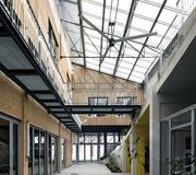 Reconversion de garage à Bordeaux par Doazan+Hirschberger