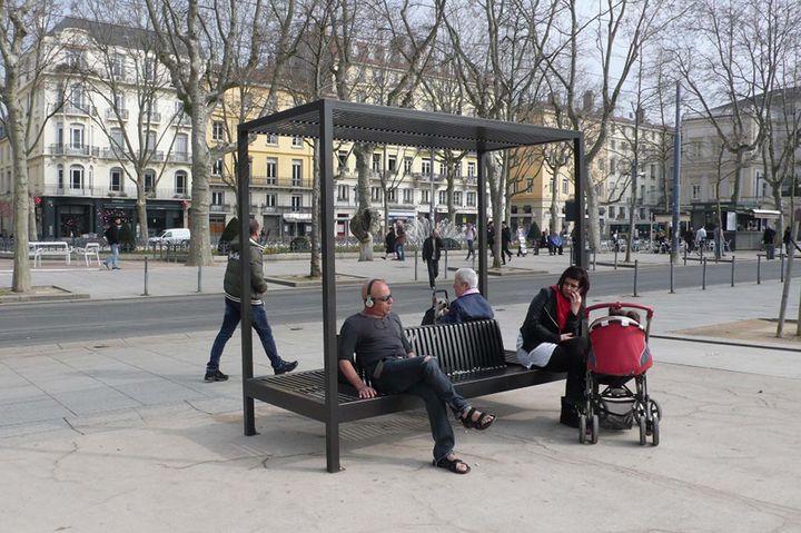 Banc d 39 essai for Mobilier urbain espace public