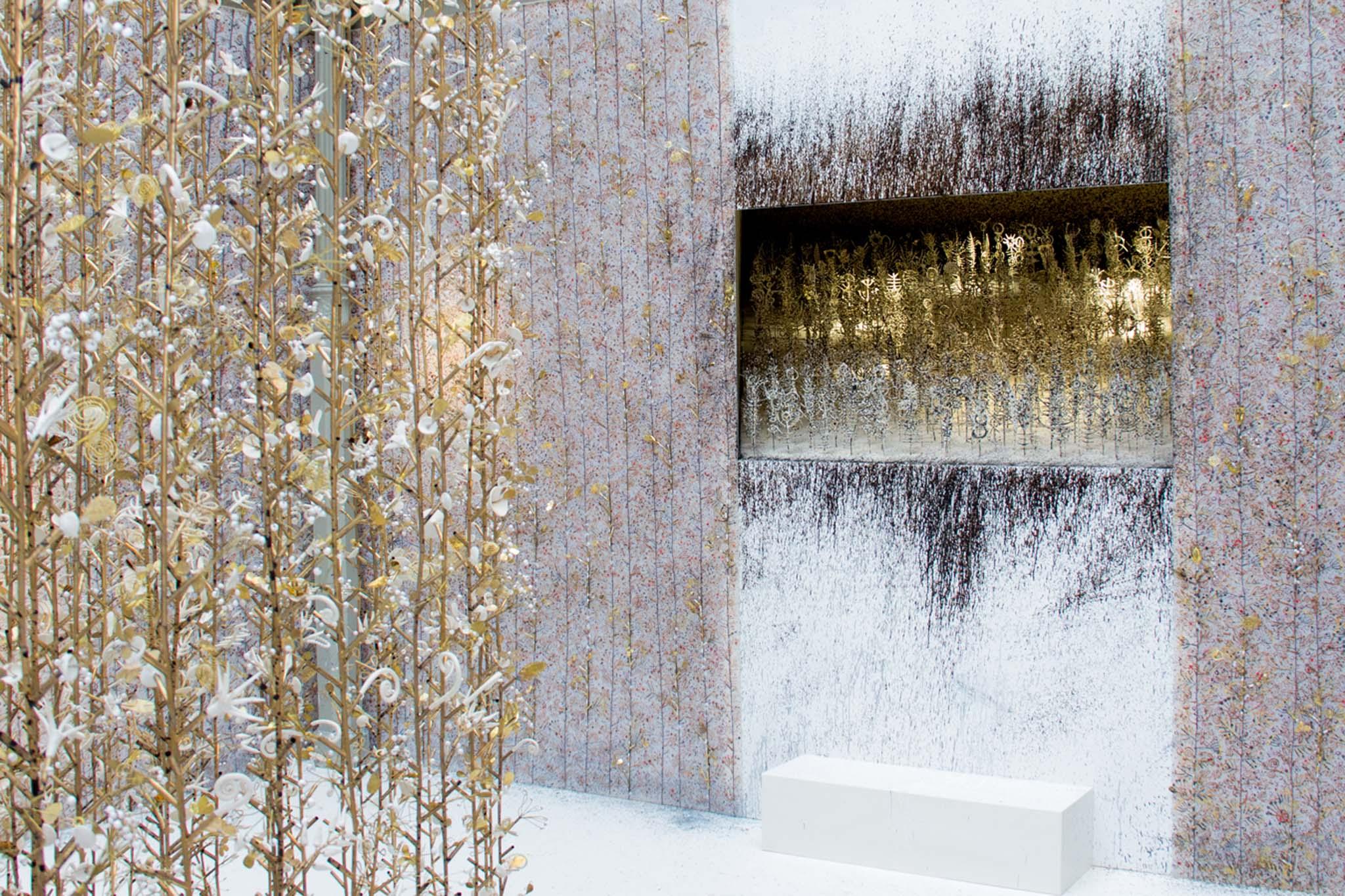 Hanging garden jardin suspendu kris ruhs la galerie for Jardin suspendu 2015