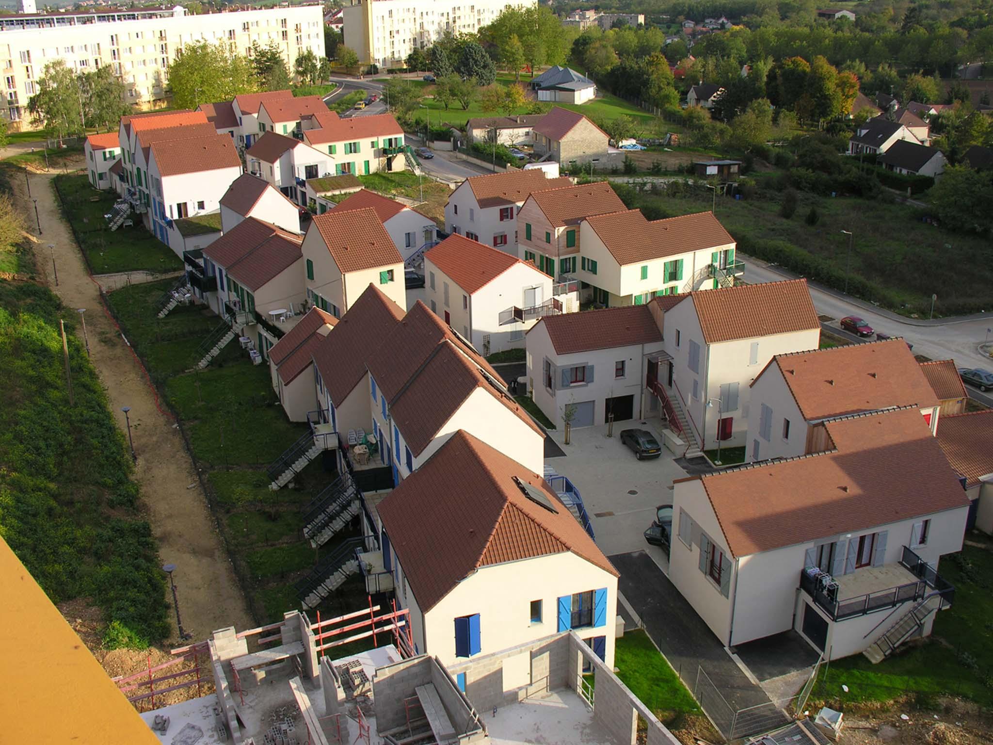 Lucien kroll 100 logements quartier des brich res auxerre france 2003 20 - Lucien et simone kroll ...