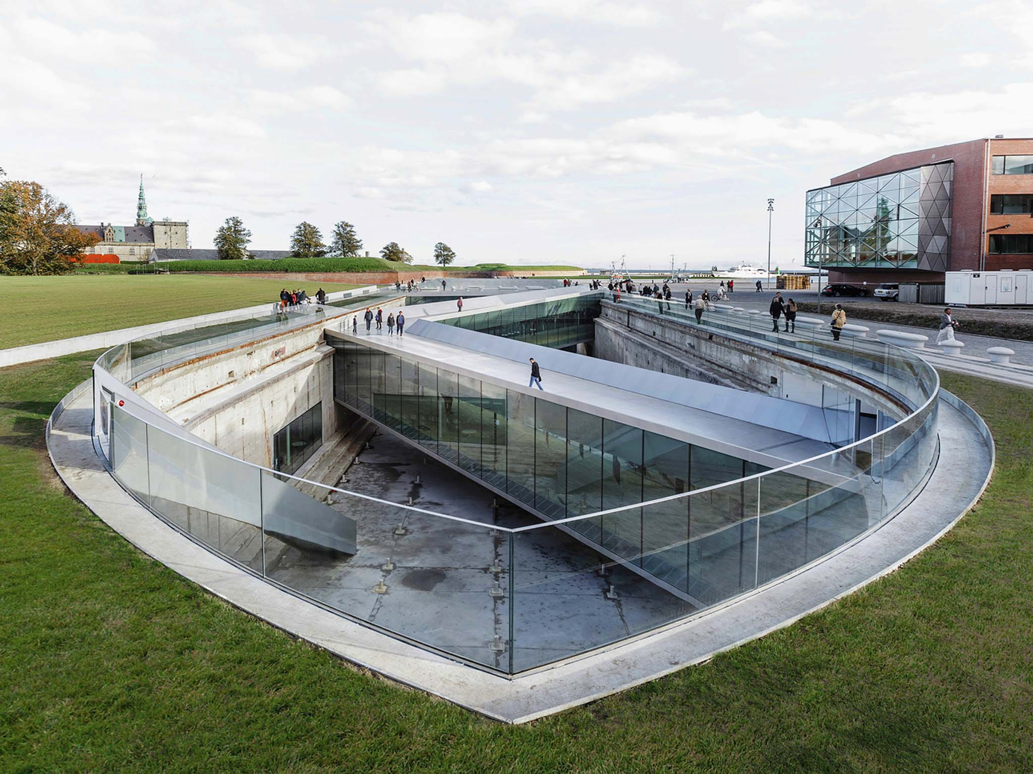 Danish maritime museum big bjarke ingels group helsingor danemark - Francois brugel architecte ...