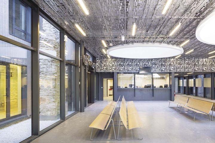 reconversion d 39 une usine en m diath que la courneuve flint architectes. Black Bedroom Furniture Sets. Home Design Ideas