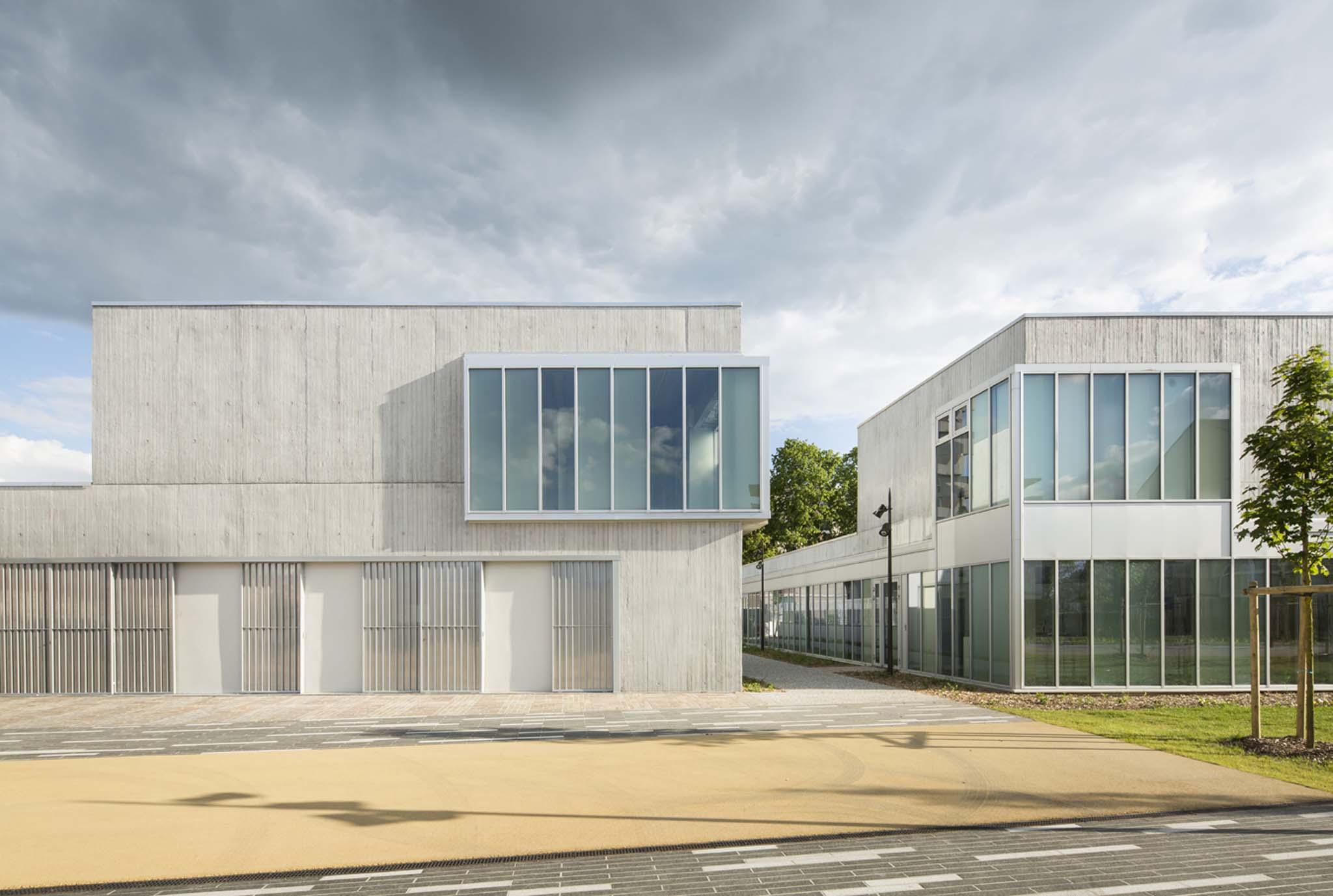 nomade architectes centre social georges brassens. Black Bedroom Furniture Sets. Home Design Ideas