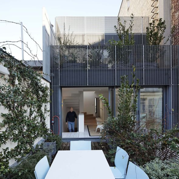 terrasse sur l vation d 39 un habitation hardel le bihan architectes paris 16 me. Black Bedroom Furniture Sets. Home Design Ideas